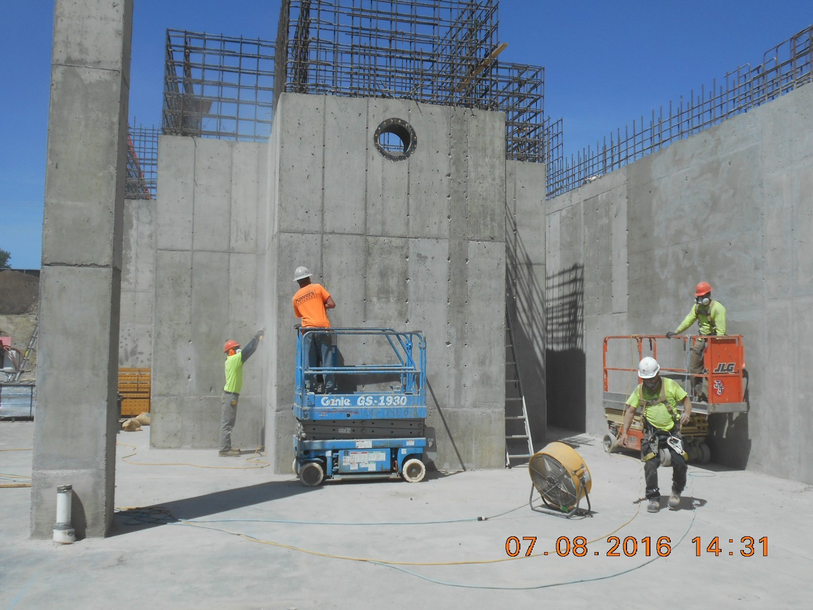 JTJ working on the wall finish for the outside face of the Rapid Mix Basin.