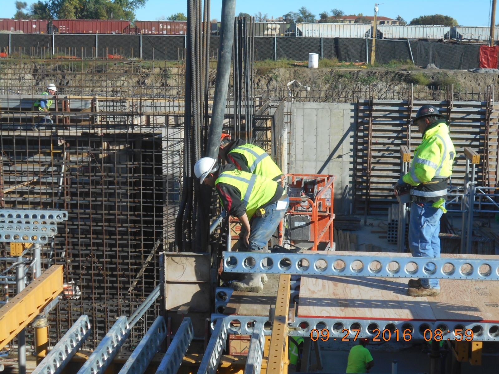JTJ placing concrete for the column at Grid F-3.