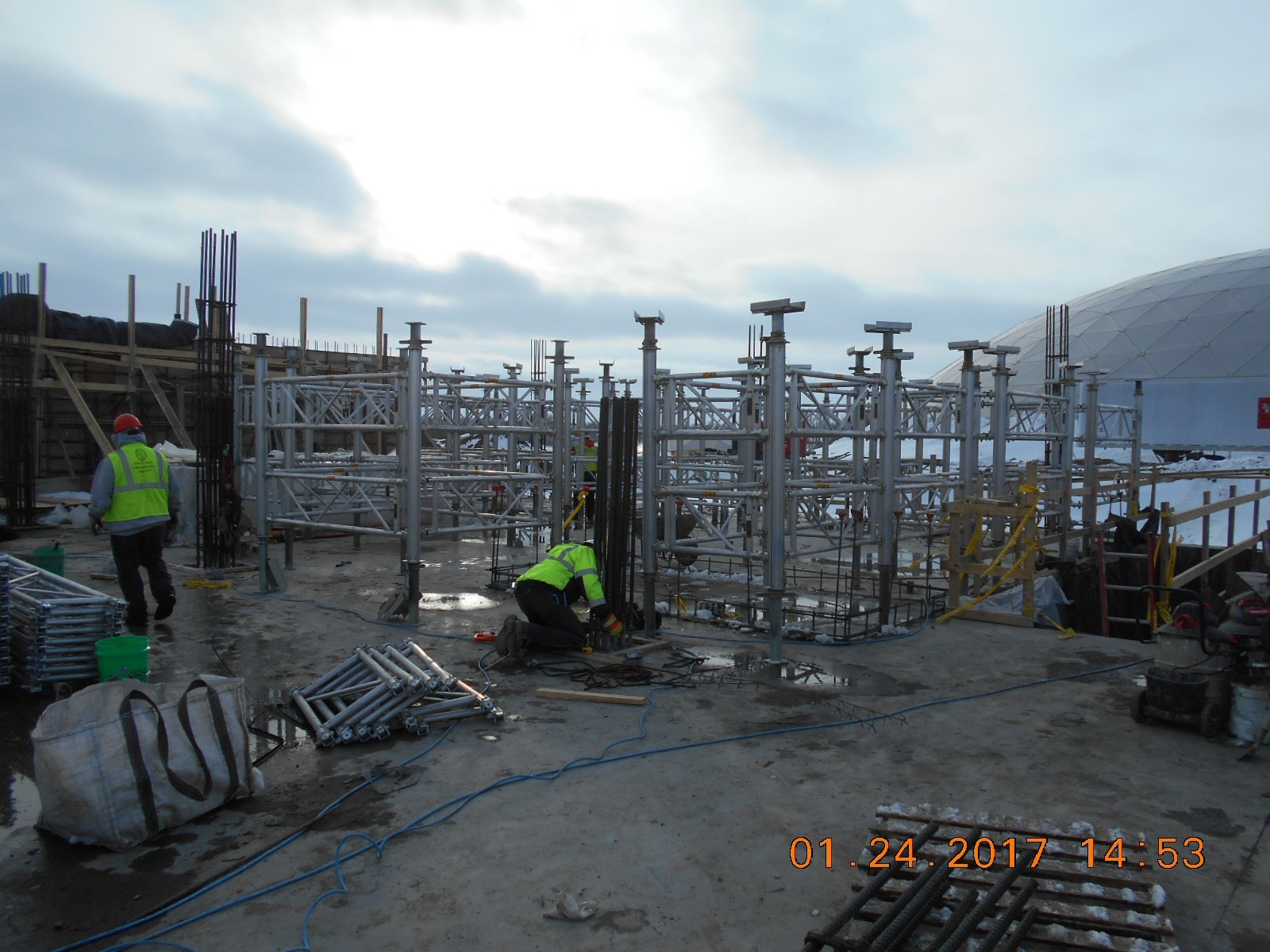 JTJ setting shoring for the second floor slab between the ozone basin and the wet well.